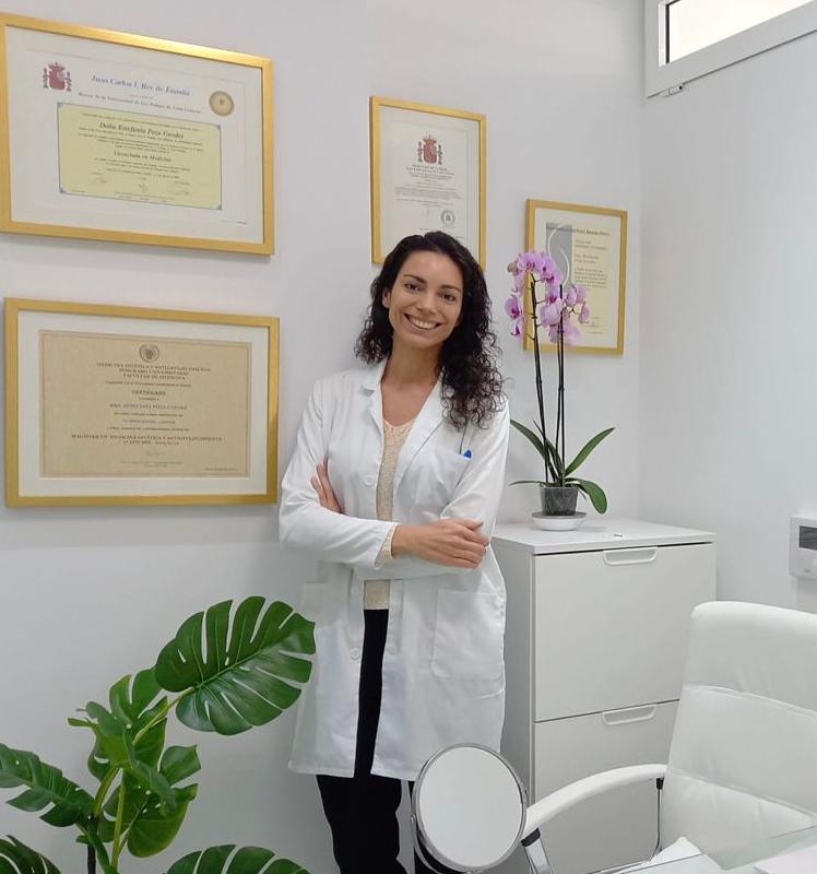 Doctora Estefanía Poza Guedes, Cirujano Plástico en Las Palmas. Clínica Remodel.